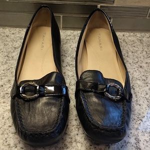 Tahari Elia leather loafers